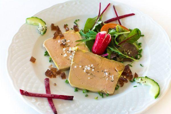 foie gras de canard fait maison - restaurant le canal